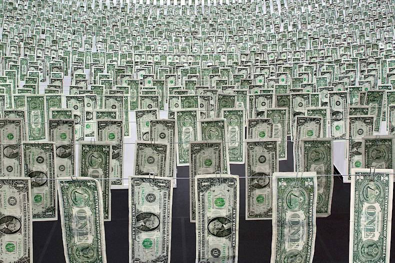 Gianni Motti: Moneybox, Installation, 2009, Centre d